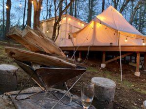 夕暮れの外テント