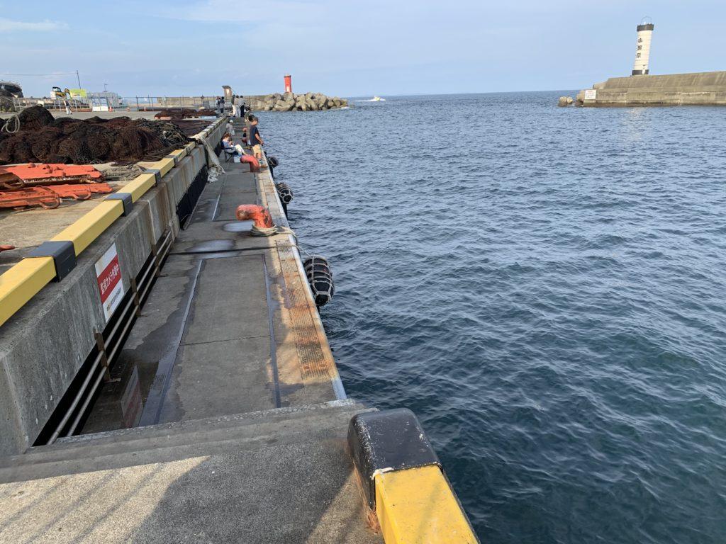早川港ポイント海側