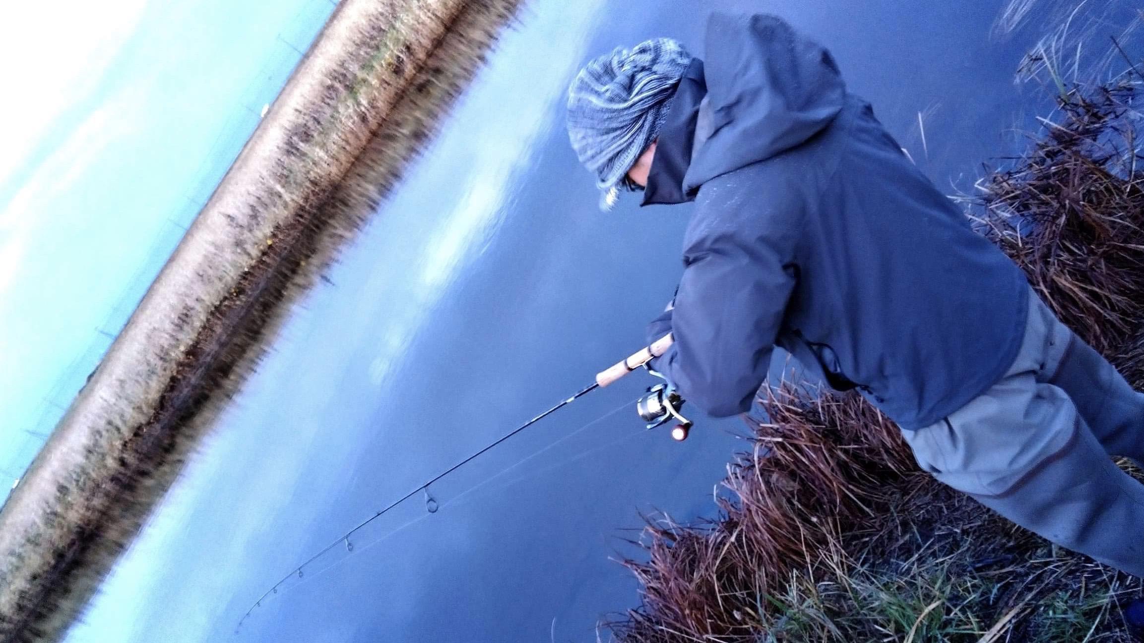 極寒の猿払川でイトウ釣り