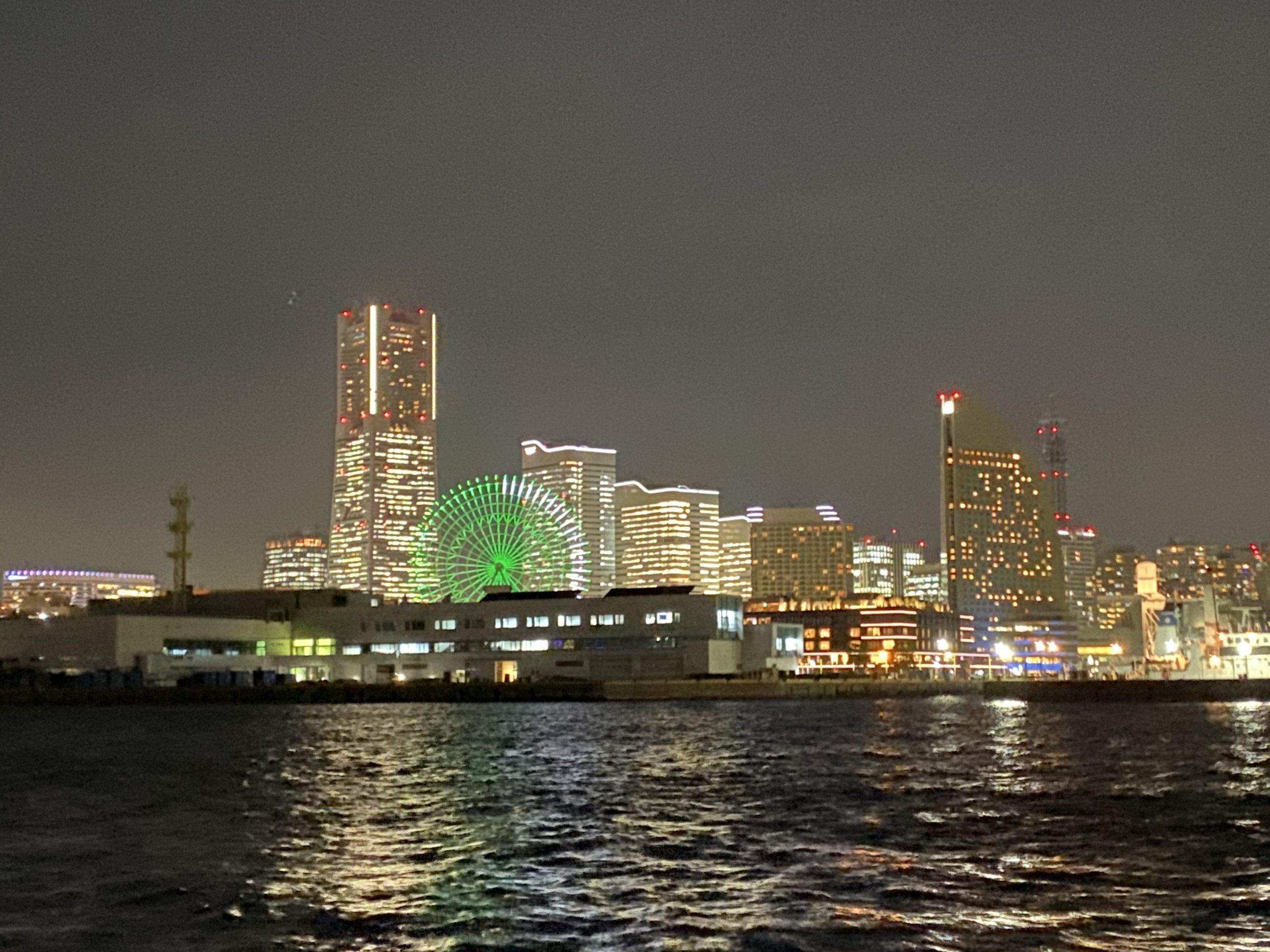 シーバス釣りで横浜の夜景