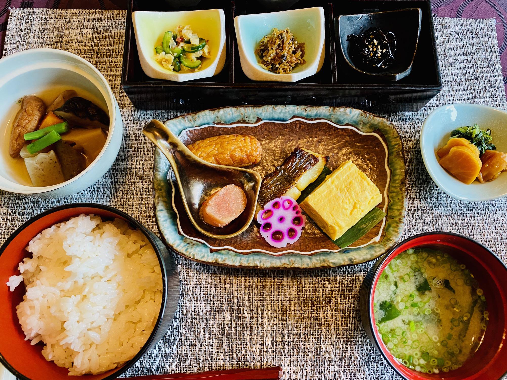 紫尾庵の朝食