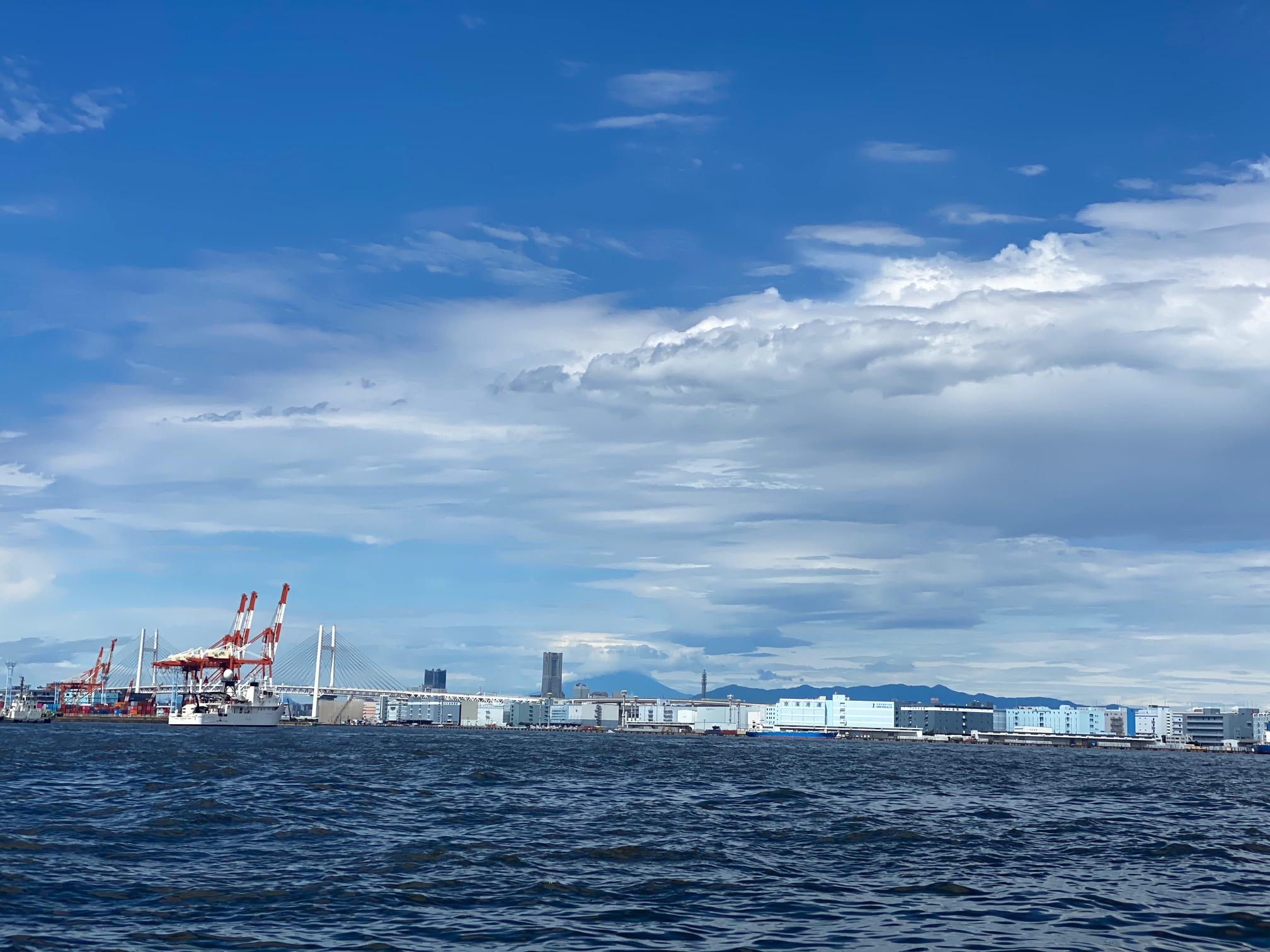 東京湾は今日も晴れ