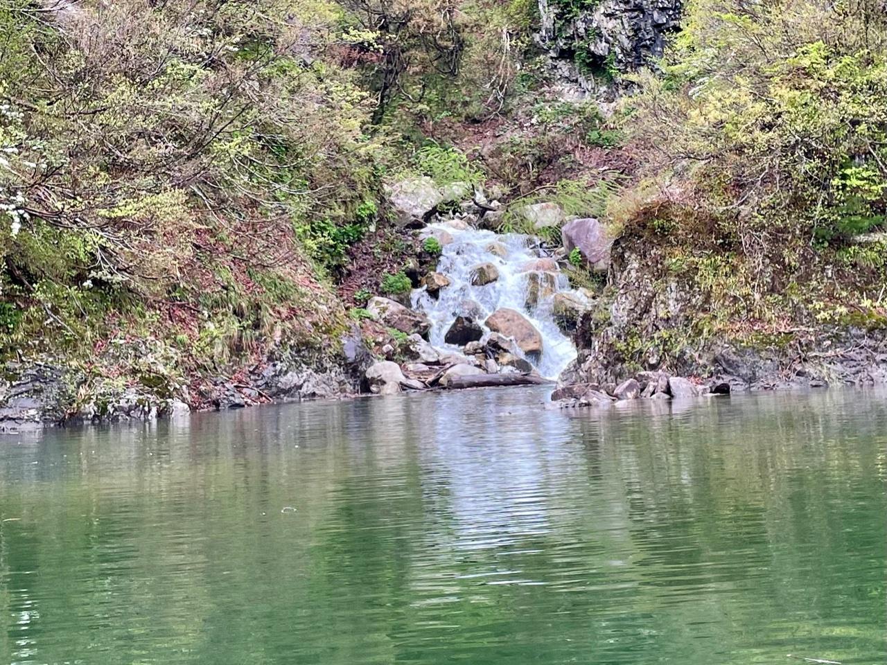 銀山湖のインレット